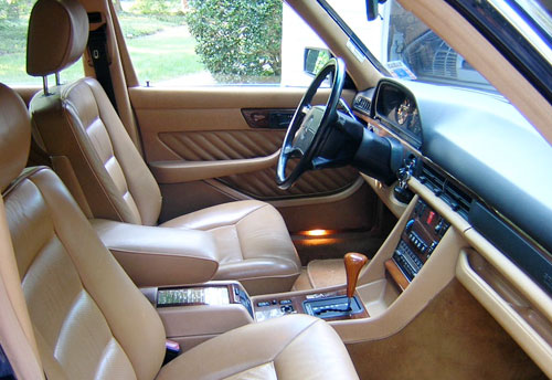 1990 Mercedes-Benz W126 420SEL Sedan Interior