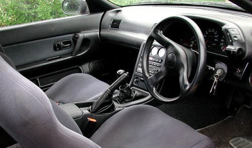 Nissan Skyline R32 GT-R GTR Interior Inside Cockpit Dashboard