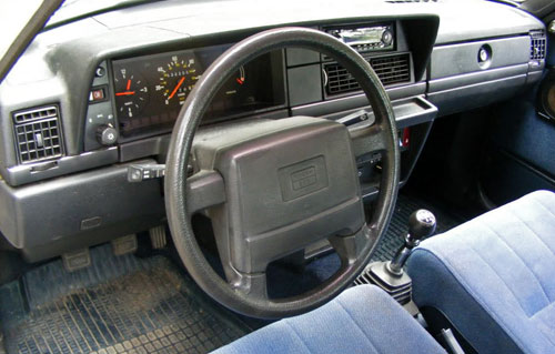 Volvo 240DL 240 Station Wagon 245 Redblock Brick Interior Inside Cockpit Console Stickshift Manual Dash Dashboard