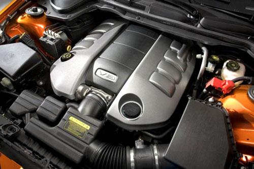 Pontiac G8 Engine Motor V8