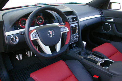 Pontiac G8 GXP Interior Inside Console Cockpit Dash Dashboard