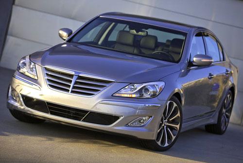 Hyundai Genesis Silver