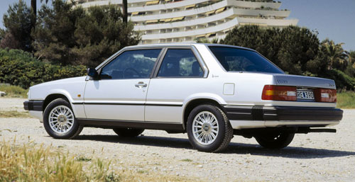 Volvo 780 Bertone Silver Rear